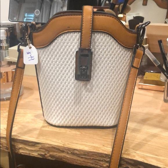 Handbags - BNWT white basketweave and camel crossbody bag
